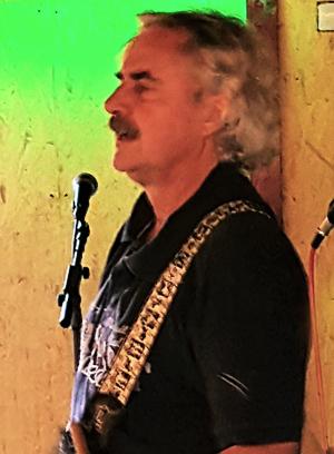 Klaus L. - Guitar