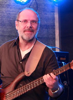 Norbert M. - Bass